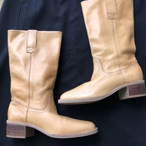 All leather Nine West boots